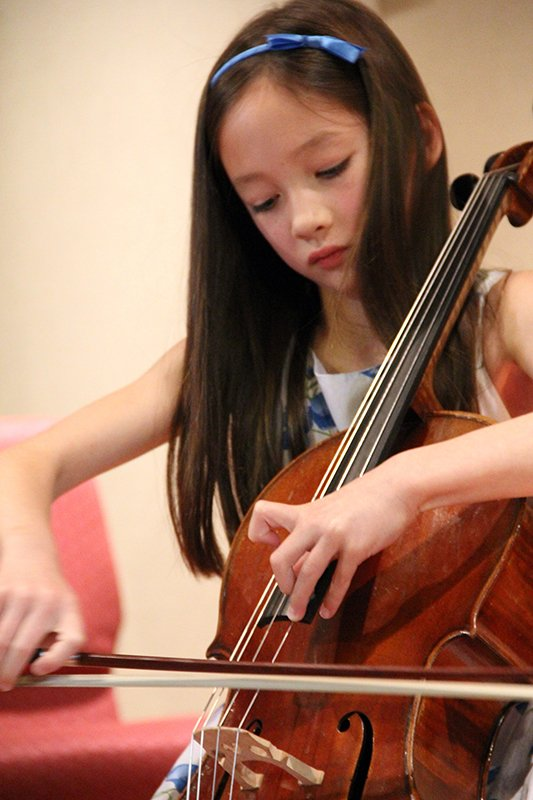 cello-girl2-vertical